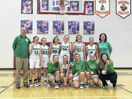 Lady Cats Win Sectional Title